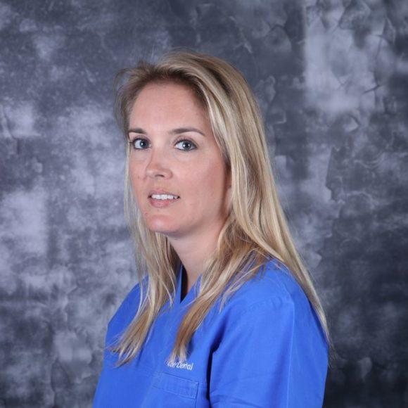 Dr. Elodie MOIX
